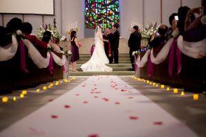 Une robe pour une cérémonie est un choix important